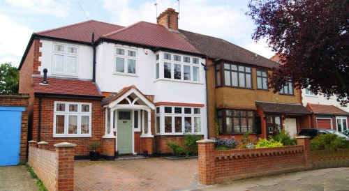View Full Details for Harewood Road, Isleworth