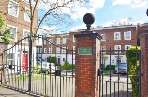 View Full Details for Wighton Mews, Isleworth