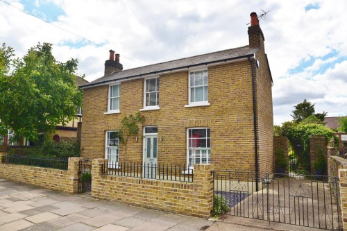 View Full Details for Whitton Road, Twickenham