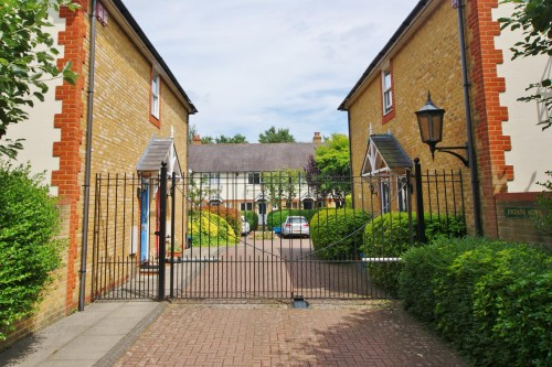 View Full Details for Jordan Mews, Strawberry Hill
