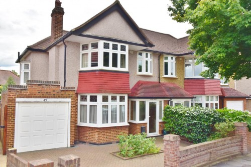 View Full Details for Strathearn Avenue, Whitton
