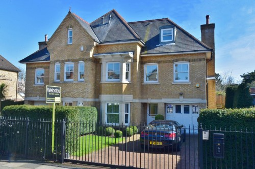 View Full Details for Holmesdale Road, Teddington